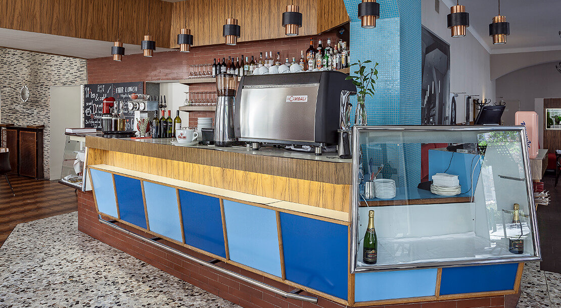 Die Bar des Grand Cafe am Alsergrund, Foto: Stephan Doleschal
